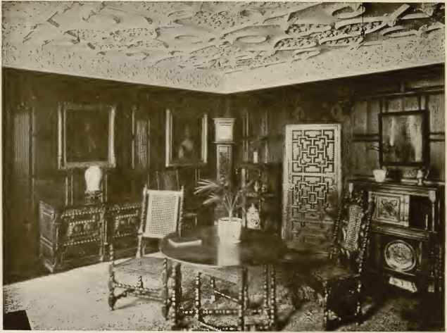 OAK PANELLED ROOM, FORMERLY IN A HOUSE ON THE OLD QUAY, \ ARMOUTH.